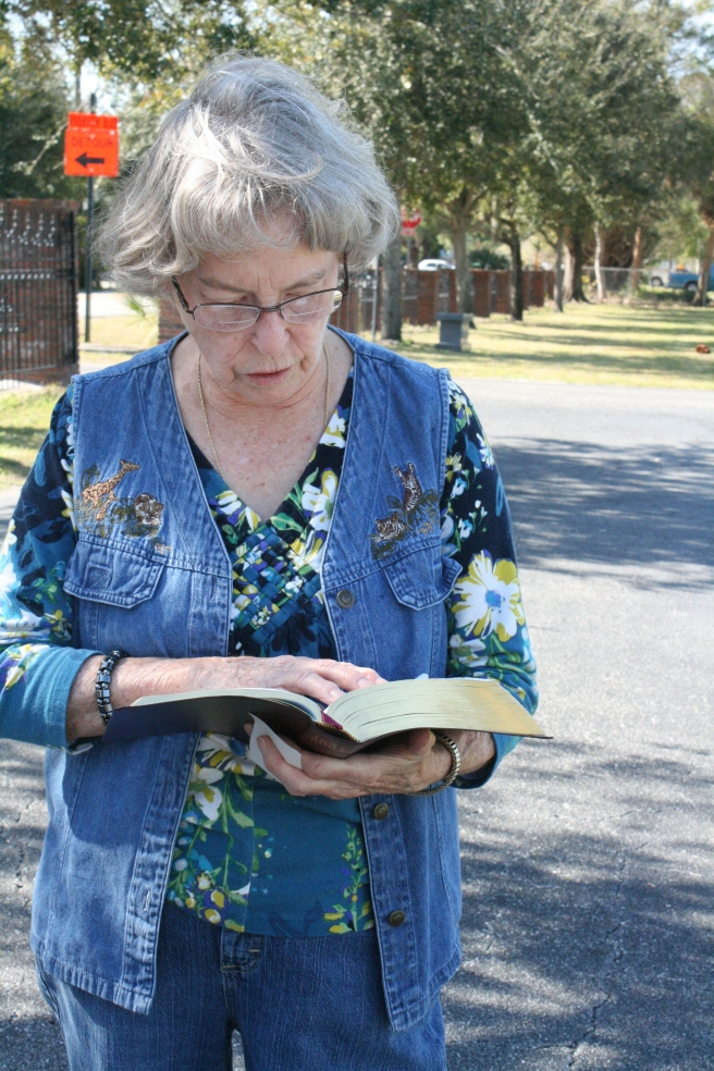 mom reading bible